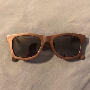 Calisons Sessions polarized wood frame sunglasses